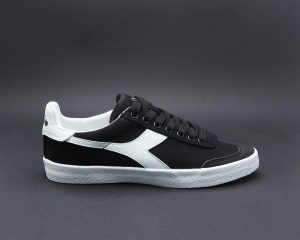 DIADORA  PITCH CV 5901
